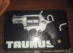 Πώληση taurus 85