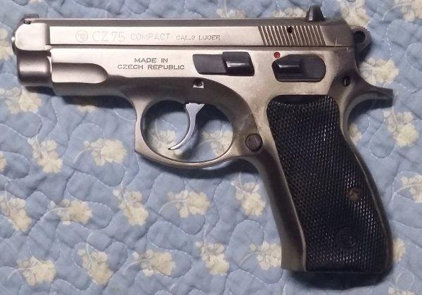 CZ 75 Compact 9mm